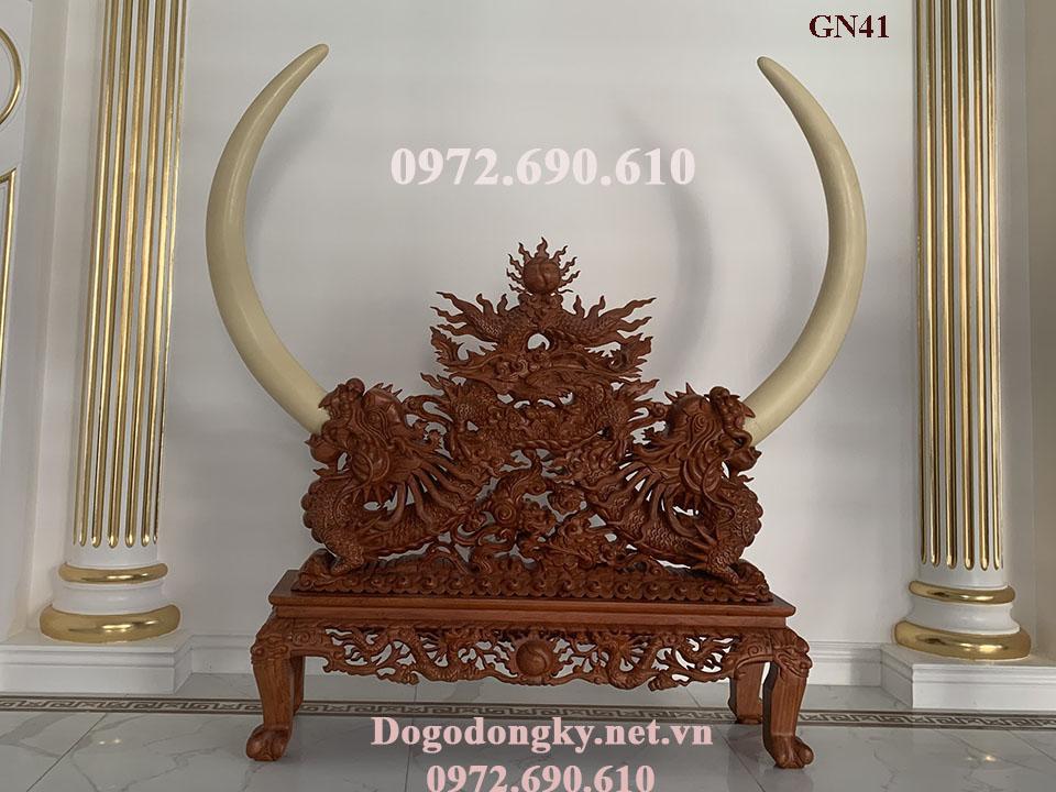 Kệ Gỗ Chạm Rồng Trưng Bày Ngà Voi – Mỹ Nghệ Phú Hải GN.41...